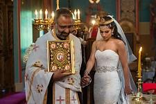 Fr. Saikali leads the bride during the service for Olivia & Dr. Daniel Lawen.